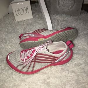 Merrell grey/pink shoes